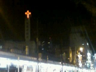 教会のネオン十字架