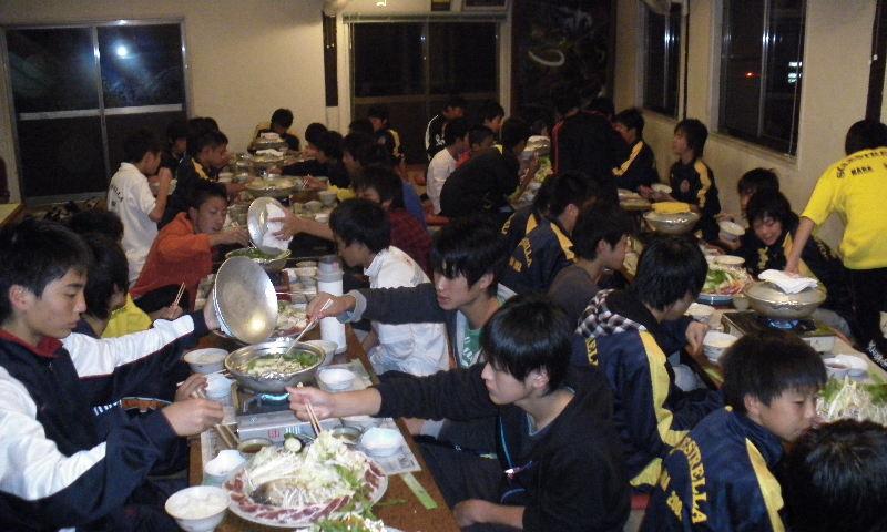 18:45 民宿での夕食