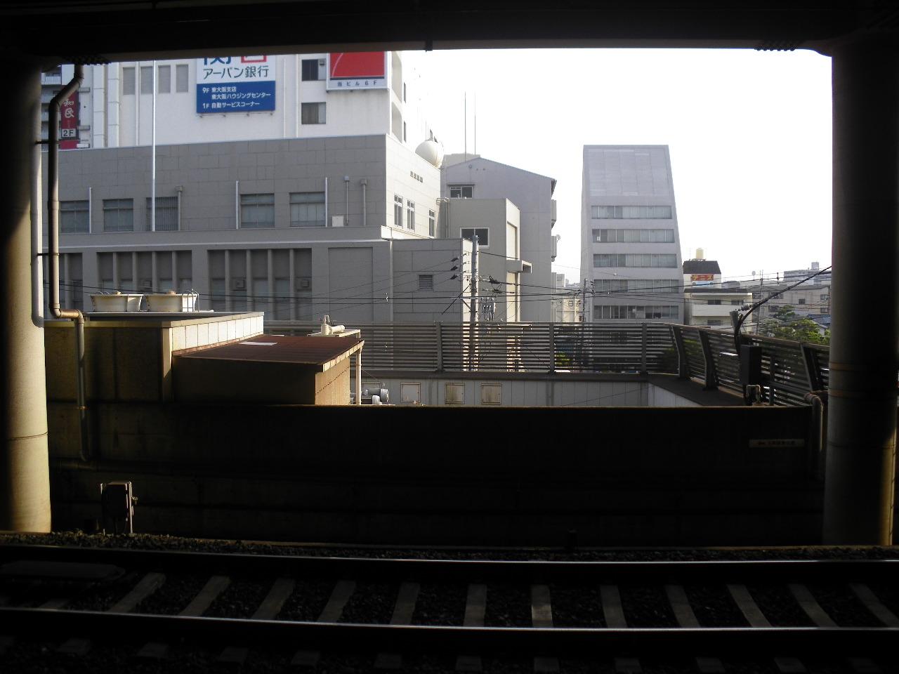 連絡電車に乗り遅れて近鉄布施駅
