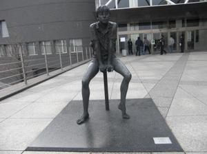 201118_0751